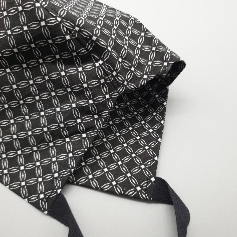 Calot court - fleurs géométriques noires