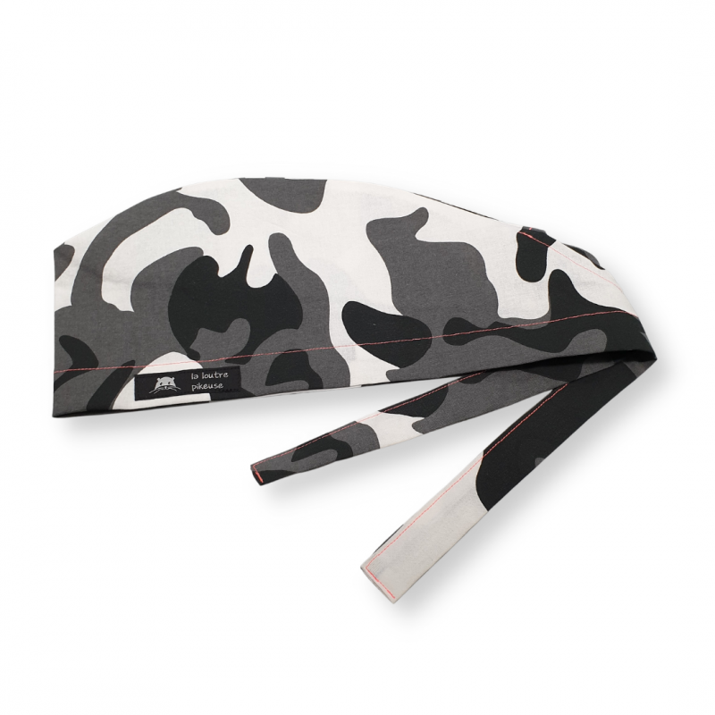 Calot de bloc couvrant - camouflage noir et blanc surpiqûre rose fluo
