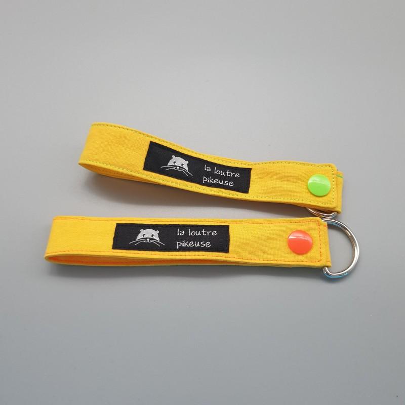 Porte-clé capsule fluo - jaune
